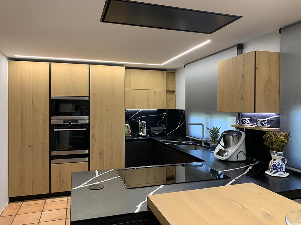 Cocina Modelos AK Project en Fénix negro ingo